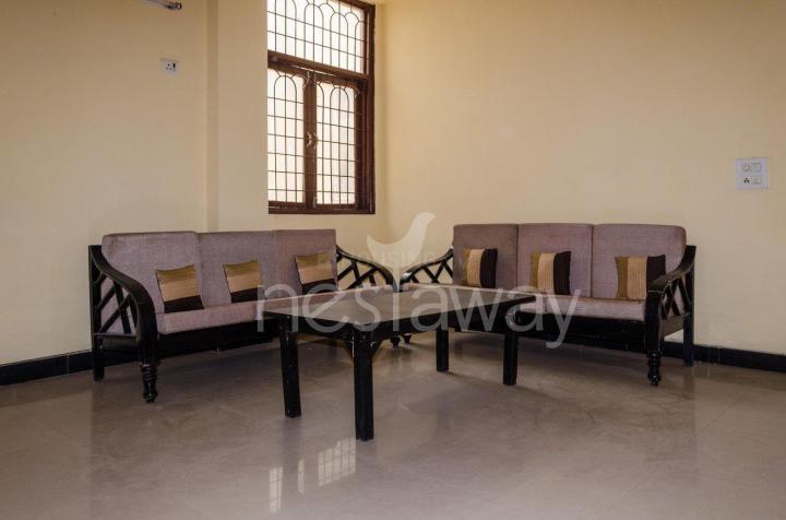 पीजी 4642753 शिप्रा सनसिटी इन शिप्रा सनसिटी के लिविंग रूम की तस्वीर