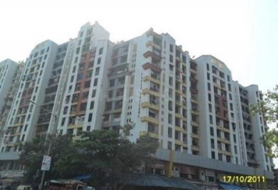 Gallery Cover Image of 640 Sq.ft 1 BHK Apartment for rent in Kandivali West for 19000