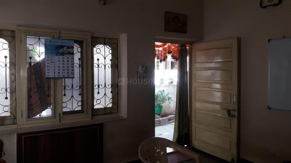 Living Room Image of 1600 Sq.ft 2 BHK Independent House for buy in Habsiguda for 9000000