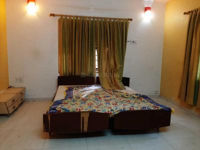 Gallery Cover Image of 2250 Sq.ft 3 BHK Villa for rent in Navratna Kalhaar Bungalows Sec1, Ambli for 50000