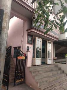 Gallery Cover Image of 800 Sq.ft 2 BHK Independent House for buy in Kalp Residency, Vijayanagar for 11500000