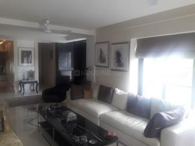 Gallery Cover Image of 1800 Sq.ft 3 BHK Apartment for rent in Park Street Area for 70000