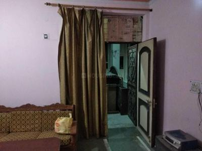 Gallery Cover Image of 540 Sq.ft 1 BHK Independent Floor for rent in Sector 40 for 16500