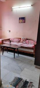 Gallery Cover Image of 574 Sq.ft 1 BHK Apartment for buy in SV Hanuman Swathi Plaza, Dilsukh Nagar for 2000000