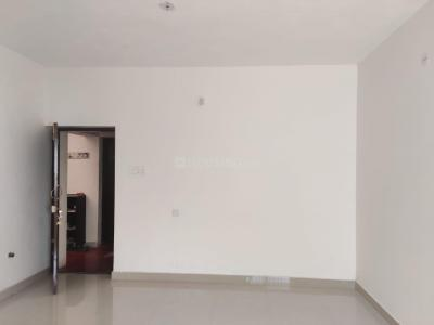 Gallery Cover Image of 860 Sq.ft 2 BHK Apartment for buy in Mugalivakkam for 5000000