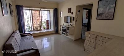 Gallery Cover Image of 610 Sq.ft 1 BHK Apartment for buy in Bhoomi Elegant, Kandivali East for 9100000