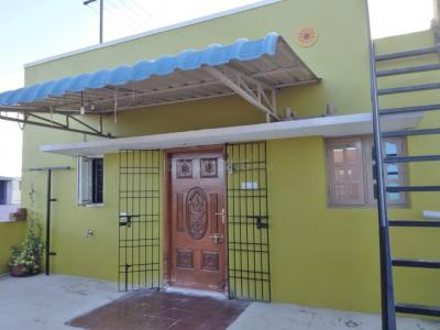Gallery Cover Image of 750 Sq.ft 2 BHK Independent House for rent in Pallikaranai for 9000