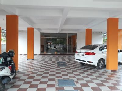 Gallery Cover Image of 150 Sq.ft 1 RK Independent Floor for rent in Kaloor for 11500