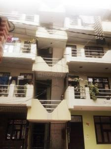Gallery Cover Image of 945 Sq.ft 3 BHK Independent Floor for rent in Daulatpura for 9000