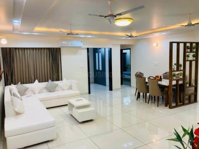 Gallery Cover Image of 2150 Sq.ft 3 BHK Apartment for buy in Nishtha Devsiddhi Lavish, Navrangpura for 13000000