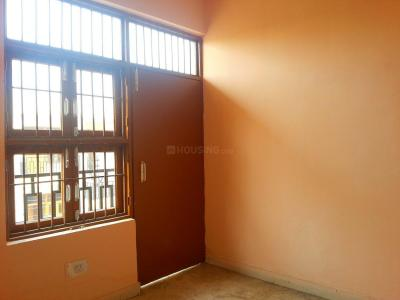 Gallery Cover Image of 450 Sq.ft 1 BHK Independent Floor for buy in Sector 57 for 2200000