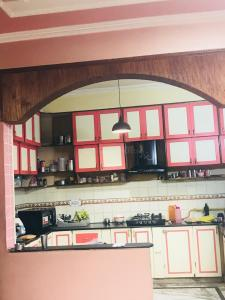 Gallery Cover Image of 8000 Sq.ft 5 BHK Independent House for buy in Ansal Palam Vihar Plot, Palam Vihar for 31500000