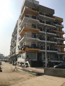 Gallery Cover Image of 900 Sq.ft 2 BHK Independent Floor for buy in Noida Extension for 2146000
