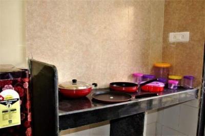 पवई में शेया होम्स में किचन की तस्वीर