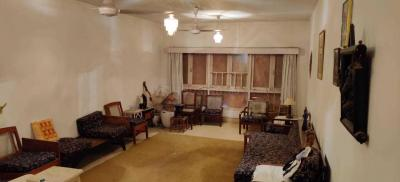 Gallery Cover Image of 1650 Sq.ft 2 BHK Apartment for buy in Cuffe Parade for 95000000