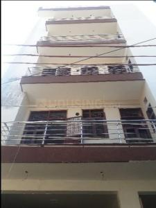 Gallery Cover Image of 1200 Sq.ft 3 BHK Independent Floor for buy in Sector 3A for 5200000