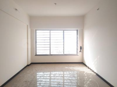 Gallery Cover Image of 1000 Sq.ft 2 BHK Apartment for rent in Tropical Lagoon Complex, Kasarvadavali, Thane West for 28000