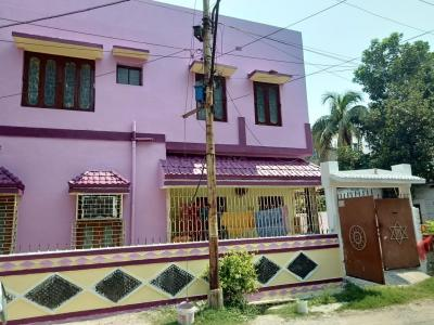 Gallery Cover Image of 500 Sq.ft 2 BHK Independent Floor for rent in Behala for 7500