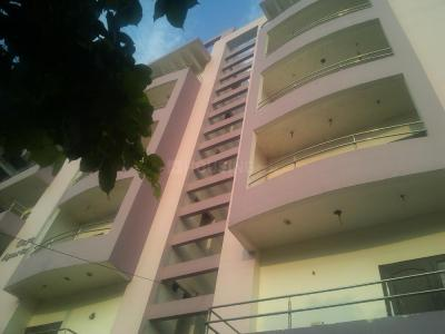 Gallery Cover Image of 1550 Sq.ft 3 BHK Apartment for buy in Dayal Bagh for 5800000