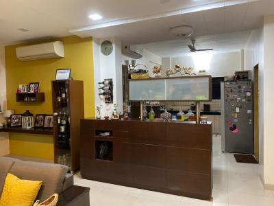 Gallery Cover Image of 2057 Sq.ft 3 BHK Apartment for buy in Vishaka Apartment, Pashan for 17500000