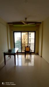 Gallery Cover Image of 870 Sq.ft 2 BHK Apartment for rent in Vasai West for 15000