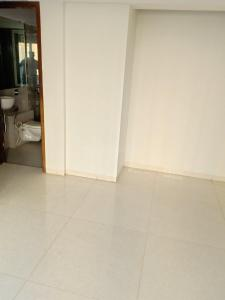 Gallery Cover Image of 700 Sq.ft 1 BHK Apartment for buy in Mira Road East for 5999000