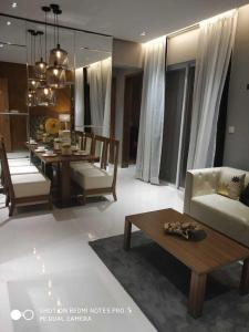 Gallery Cover Image of 960 Sq.ft 2 BHK Apartment for buy in Hinjewadi for 5500000
