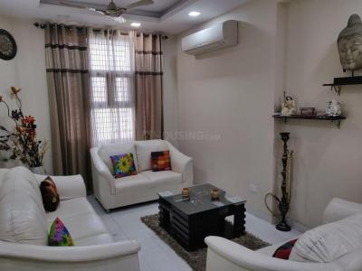Gallery Cover Image of 1400 Sq.ft 2 BHK Apartment for rent in Sector 11 Dwarka for 20000