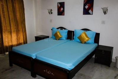 Gallery Cover Image of 250 Sq.ft 1 BHK Apartment for rent in Sector 41 for 18000