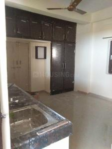 Gallery Cover Image of 250 Sq.ft 1 RK Apartment for rent in Kondapur for 8500