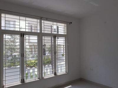 Gallery Cover Image of 1868 Sq.ft 3 BHK Independent House for rent in Perungalathur for 26000