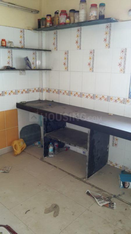 Kitchen Image of 565 Sq.ft 1 BHK Apartment for rent in Kandivali East for 17000