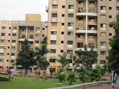 Gallery Cover Image of 1050 Sq.ft 2 BHK Apartment for rent in Magarpatta City for 30000