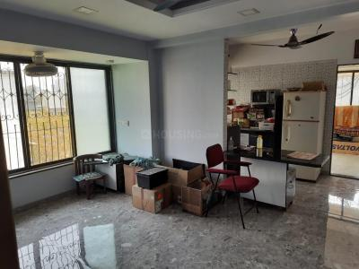 Gallery Cover Image of 800 Sq.ft 2 BHK Apartment for rent in Dadar East for 50000