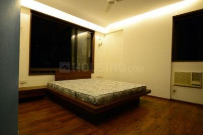 Gallery Cover Image of 1800 Sq.ft 3 BHK Apartment for rent in Goregaon West for 70000