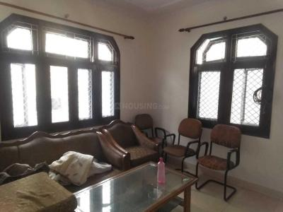 Gallery Cover Image of 430 Sq.ft 1 BHK Apartment for rent in Mayur Vihar Phase 1 for 15500