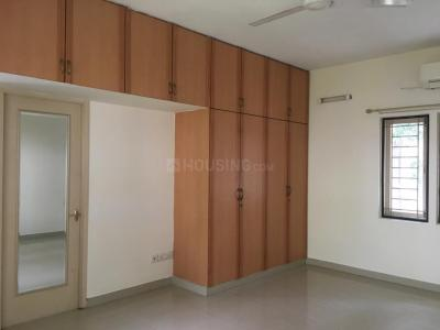 Gallery Cover Image of 2600 Sq.ft 4 BHK Independent House for rent in Mugalivakkam for 30000