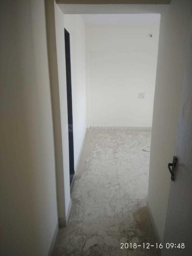 Passage Image of 650 Sq.ft 2 BHK Independent House for buy in Malad East for 15000000