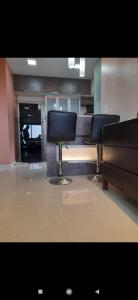 Gallery Cover Image of 1280 Sq.ft 3 BHK Apartment for rent in Kanakia Rainforest, Andheri East for 60000