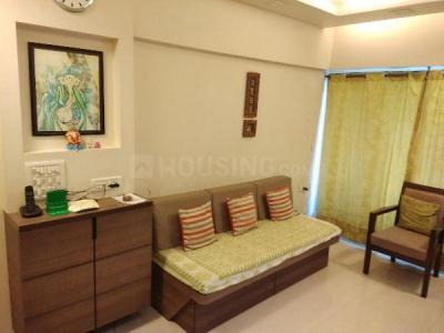 Gallery Cover Image of 658 Sq.ft 1 BHK Apartment for rent in Kurla West for 30000
