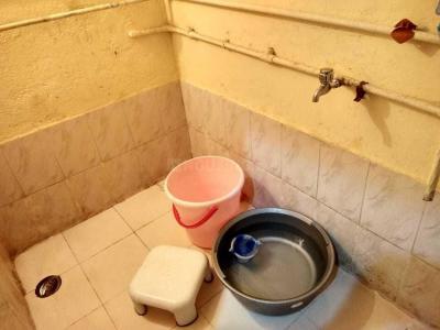 Bathroom Image of PG 4195503 Borivali East in Borivali East