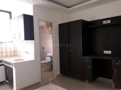 Gallery Cover Image of 300 Sq.ft 1 RK Apartment for rent in DLF Phase 3 for 13000