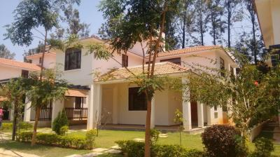 Gallery Cover Image of 3800 Sq.ft 4 BHK Villa for buy in Brookefield for 35000000