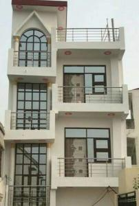 Gallery Cover Image of 630 Sq.ft 1 BHK Independent House for rent in Noida Extension for 10000