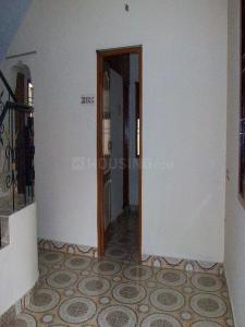 Gallery Cover Image of 1250 Sq.ft 2 BHK Independent House for rent in Madhanandapuram for 14000