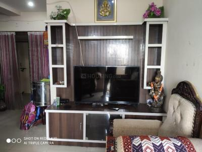 Gallery Cover Image of 1070 Sq.ft 2 BHK Apartment for rent in Mahalakshmi Plaza, Kukatpally for 16000