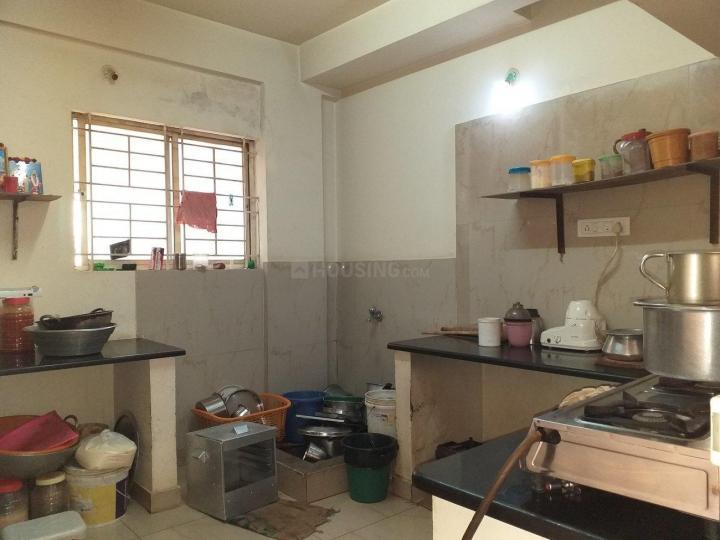 बीटीएम लेआउट में श्री लक्ष्मी भवानी पीजी में किचन की तस्वीर