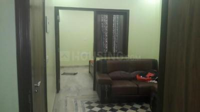 Gallery Cover Image of 600 Sq.ft 2 BHK Independent Floor for rent in Sangam Vihar for 10000