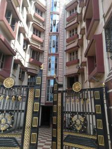 Gallery Cover Image of 480 Sq.ft 1 BHK Independent Floor for rent in South Dum Dum for 10000
