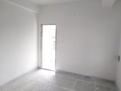 Gallery Cover Image of 660 Sq.ft 1 BHK Apartment for buy in S And N Prativa Kunj, Dum Dum Cantonment for 1700000
